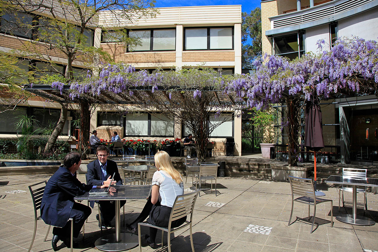 unsw postgraduate coursework scholarships for international students